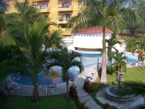 Plaza Huatulco Photo
