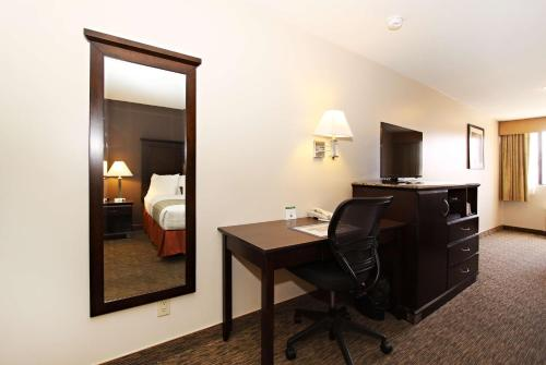 Best Western Plus Dragon Gate Inn photo 16