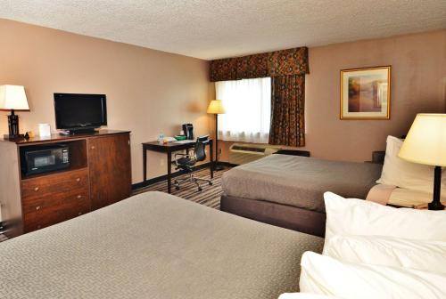 Best Western Saranac Lake Photo