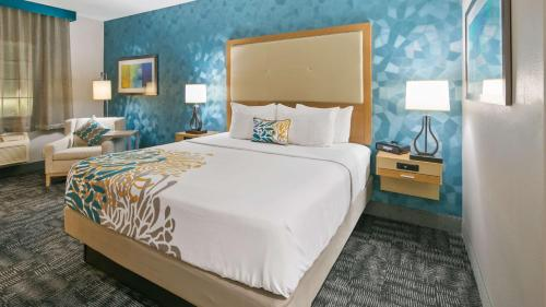 Best Western Plus Houston Atascocita Inn & Suites Photo