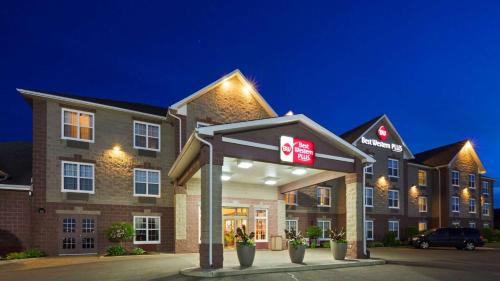 Best Western Plus Grand-Sault Hotel & Suites Photo