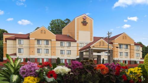 Best Western Plus Huntersville Photo
