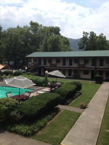 Ridge Top Motel - Bryson City Photo
