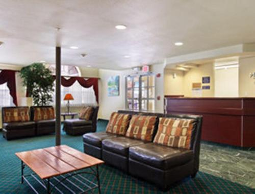 Microtel Inn & Suites by Wyndham Wellton Photo
