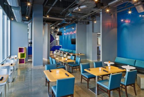 Aloft Oklahoma City Downtown – Bricktown Photo