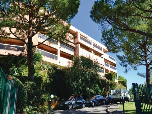 One-Bedroom Apartment in Nice photo 1