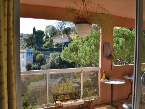 One-Bedroom Apartment in Nice photo 15