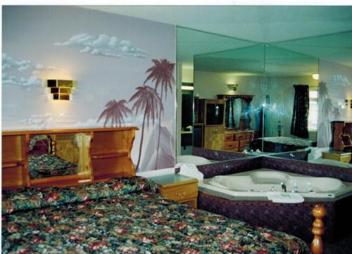 Lamplighter Motel Photo
