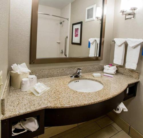 Hilton Garden Inn Columbus/Dublin Photo