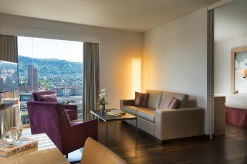 Renaissance Zurich Tower Hotel photo 25