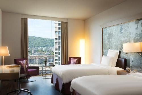 Renaissance Zurich Tower Hotel photo 33
