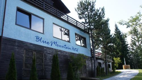 Blue Mountain Hotel
