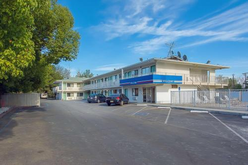 Motel 6 Red Bluff - Red Bluff, CA 96080