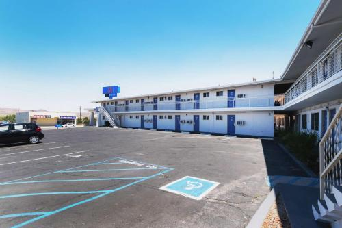 Motel 6 Barstow CA - Route 66 - Barstow, CA 92311