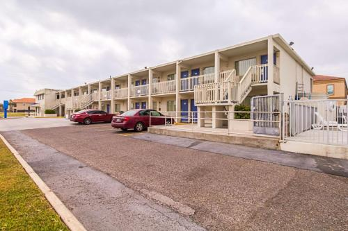 Motel 6 South Padre Island Photo
