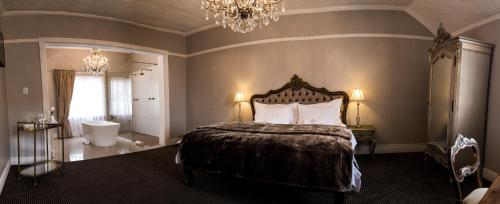 The Kingsman boutique Hotel Photo