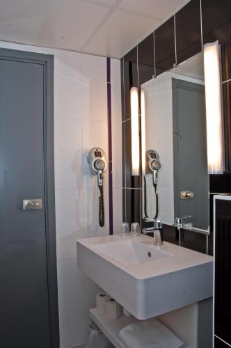 ibis Styles Paris Pigalle photo 13
