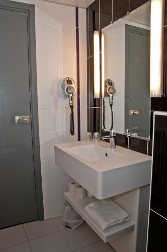 ibis Styles Paris Pigalle photo 14