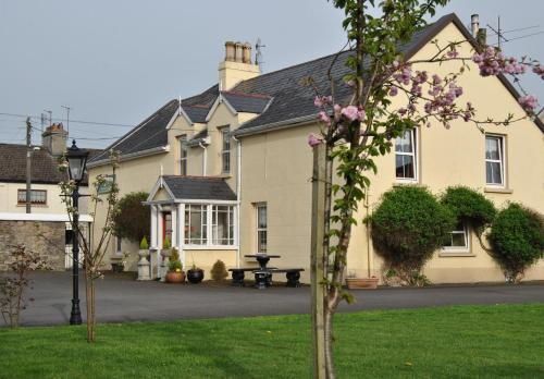 Photo of Williamsferry House Bed & Breakfast Hotel Bed and Breakfast Accommodation in Nenagh Tipperary