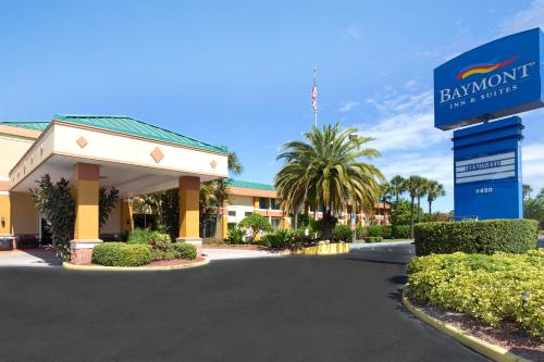 Baymont Inn and Suites Florida Mall impression