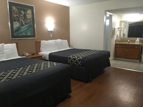 Americas Best Value Inn Beaumont California Photo