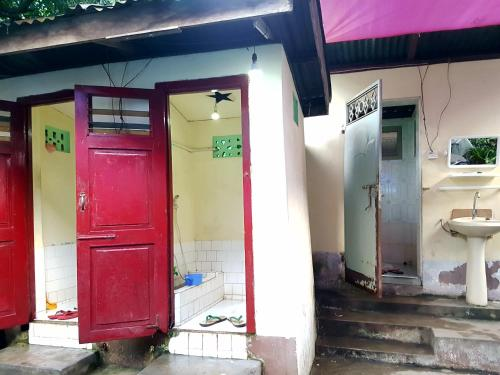 Manaw Guest House (burmese Only)