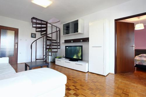 Three-Bedroom Spacious Modern Apartment SS, Lucija
