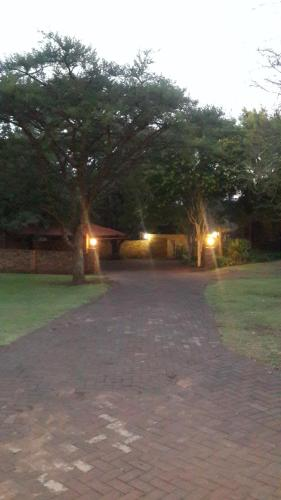 Khaya Africa Lodge Photo