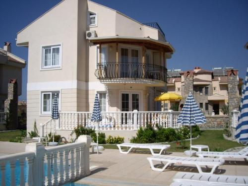 Fethiye Four-Bedroom Parkside Villa #09 contact