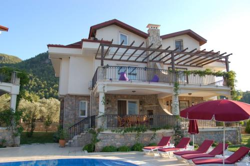 Uzumlu Three-Bedroom Blossom Villa #21 harita