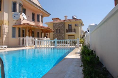 Fethiye Two-Bedroom Riverside Apartment #06 adres