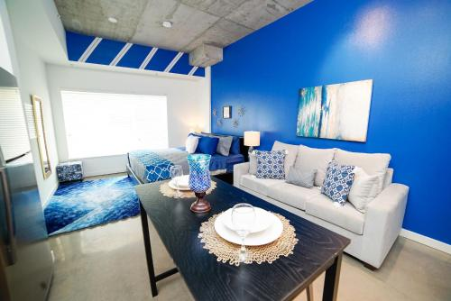 Beautiful Downtown Apartment - Los Angeles, CA 90017