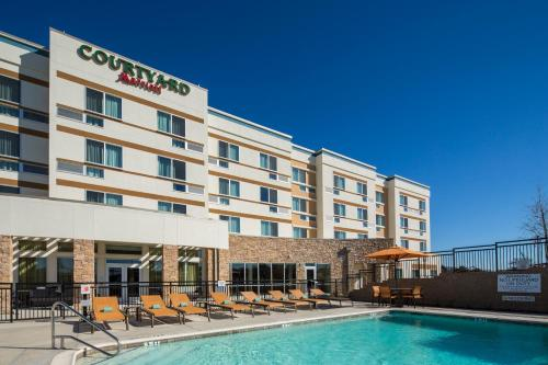 Courtyard by Marriott Dallas Midlothian at Midlothian Conference Center Photo