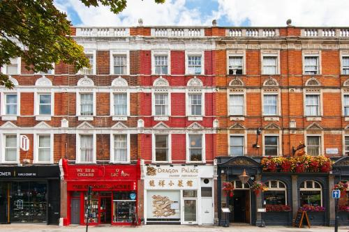 The Earls Court Townhouse photo 24
