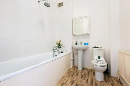 The Earls Court Townhouse photo 27