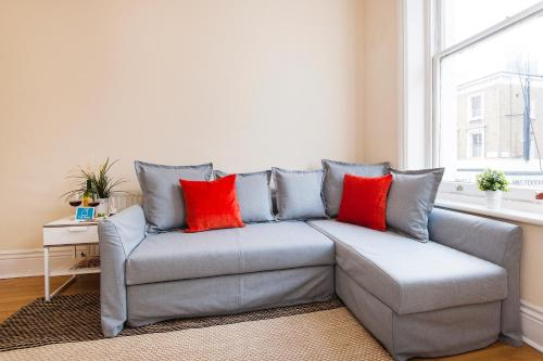 The Earls Court Townhouse photo 34