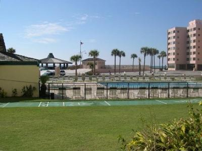 The Islander by Holiday Isle Properties in Destin from $175