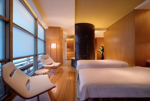 Hyatt on the Bund photo 8