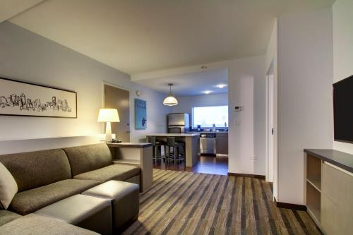 Hyatt House Chicago/Evanston Photo