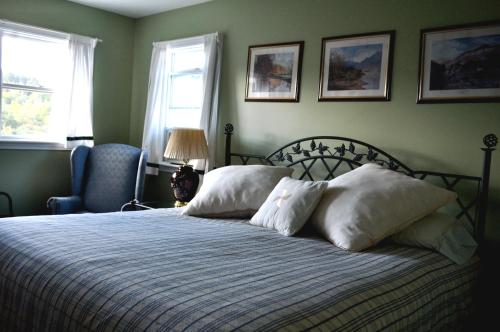 Inn By The River - The Forks, ME 4985