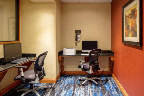 DoubleTree Suites by Hilton Minneapolis Photo