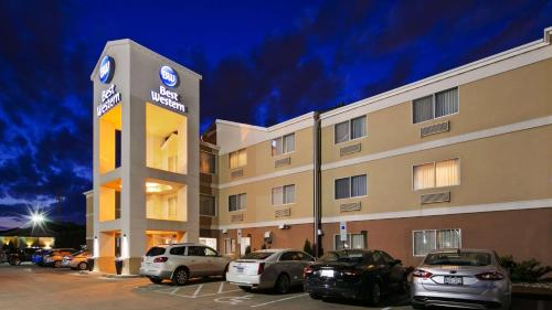 Best Western Empire Towers Photo