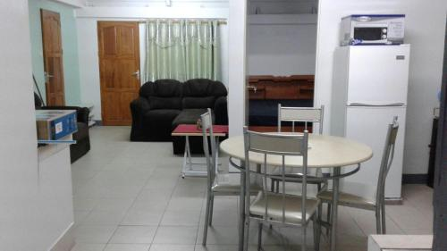 Happy Holiday Apartment, Paramaribo