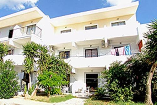 Apostolis Hotel Apartments - Pefki Greece