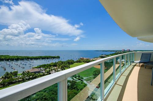 Sonesta Residences by SoFla Vacations Photo
