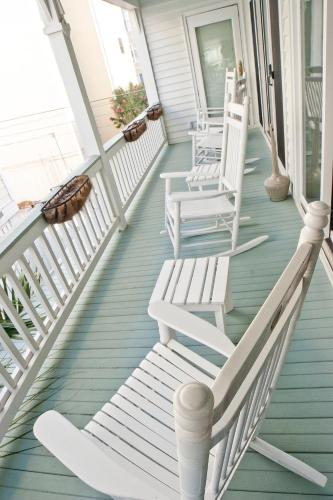 DeSoto Beach Bed and Breakfast Photo