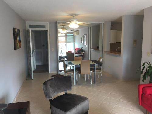 Isla Verde Beach Apts - Carolina, PR 00979