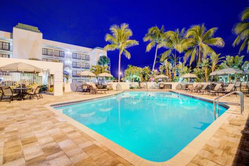 Boca Raton Plaza Hotel and Suites Photo