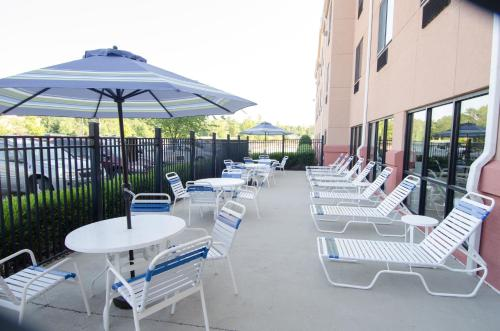 Best Western Plus Castlerock Inn & Suites Photo