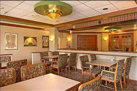 Candlelight Inn & Suites - Montgomery